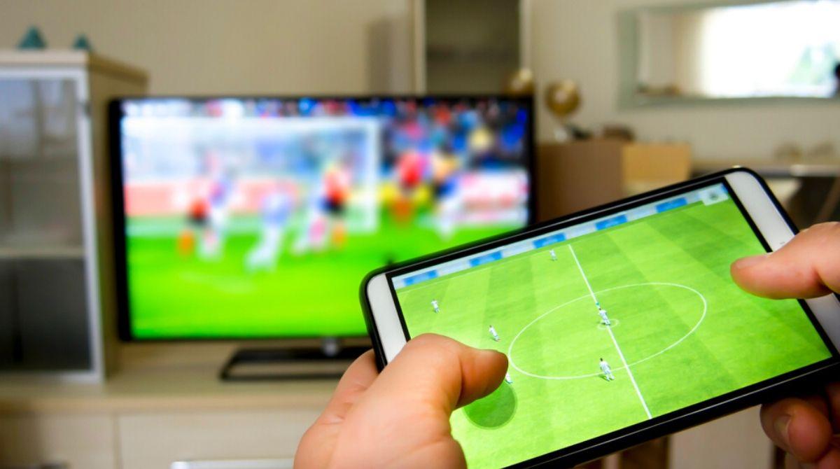 σύνδεση κινητού με τηλεόραση